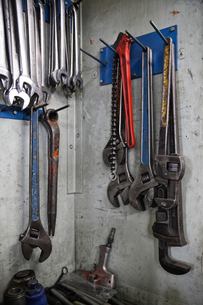 Closeup still life of tools used in a sheet metal factory.の写真素材 [FYI02262656]