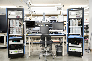 A workbench location in a technical research and development site.の写真素材 [FYI02263568]