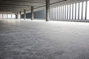 An empty raw business space ready for occupancy.の写真素材 [FYI02263952]