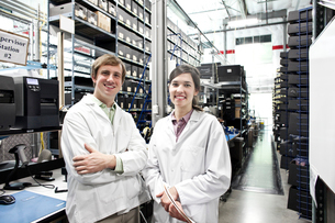 A portrait of a team of two male and female technicians working in a technology research and developの写真素材 [FYI02264301]