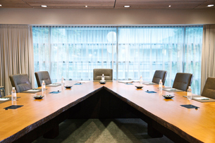 A unique conference table set up for a meeting.の写真素材 [FYI02264819]