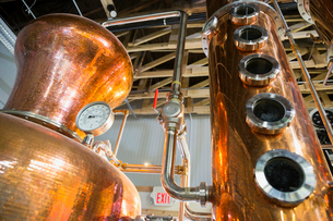 Copper distillery vatsの写真素材 [FYI02278041]