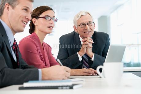 business meetingの写真素材 [FYI02286385]