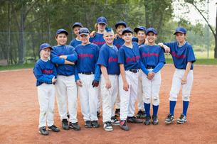 Team photo of boys baseball team.の写真素材 [FYI02290161]