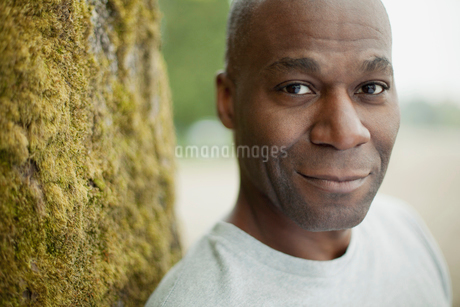 portrait of mature black american manの写真素材 [FYI02292247]