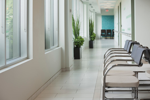 Empty waiting area in radiology centerの写真素材 [FYI02292464]