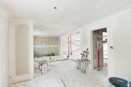 Interior of house under constructionの写真素材 [FYI02296985]