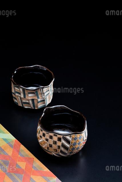 着物の帯と抹茶茶碗の写真素材 [FYI02306429]