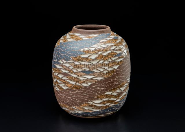 陶器の花器の写真素材 [FYI02306639]