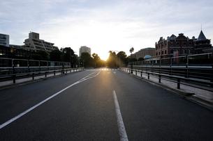 アメリカ橋の日の出の写真素材 [FYI02310910]