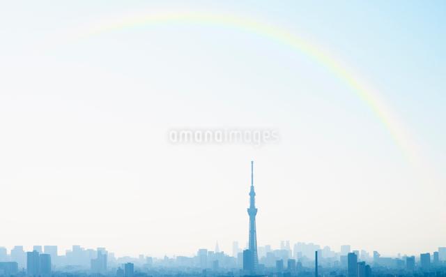 虹と東京スカイツリーの写真素材 [FYI02310916]