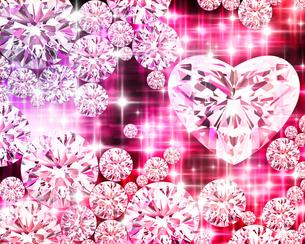 光るピンクのハート型ジュエリーのイラスト素材 [FYI02311241]