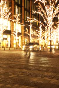 丸の内仲通りのクリスマスイルミネーションの写真素材 [FYI02311381]