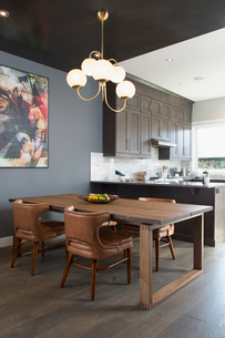 Home showcase interior dining room and kitchenの写真素材 [FYI02313742]