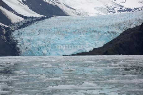 Glacier above Prince William Sound, Alaskaの写真素材 [FYI02315907]