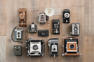 Knolling of vintage camerasの写真素材 [FYI02319326]