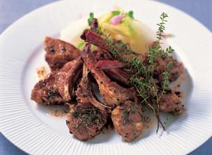 肉料理の写真素材 [FYI02322543]
