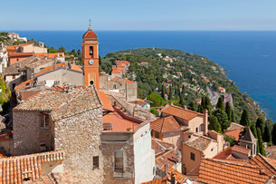Roofs of the old town, Roquebrune, Cote d'Azur, Franceの写真素材 [FYI02337976]