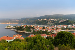 Harbour town of Amasra, Bartin Province, coast of theの写真素材 [FYI02338384]