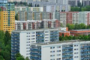 Plattenbau housing estate, Marzahn, Berlin, Germany, Europeの写真素材 [FYI02338401]
