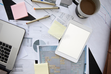 View from above business reports and digital tabletの写真素材 [FYI02338564]