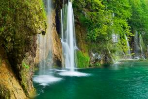 Waterfall, Plitvice Lakes National Park, Plitvice Jezeraの写真素材 [FYI02338619]