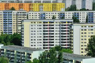 Plattenbau housing estate, Marzahn, Berlin, Germany, Europeの写真素材 [FYI02338681]