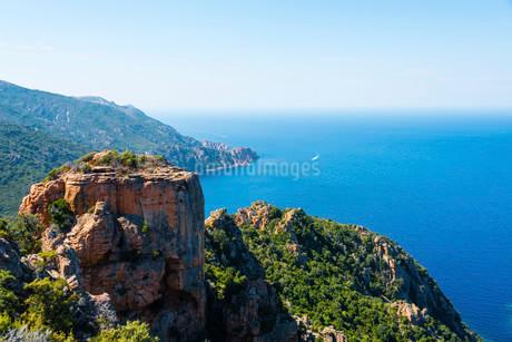 Rock formations, Calanche of Piana, Calanques de Pianaの写真素材 [FYI02338992]