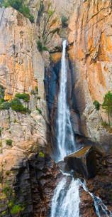 Cascade de Piscia di Gallo, Piscia di Ghjaddu or Chickenの写真素材 [FYI02339054]