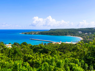 Coastline, Port Rhoades, Discovery Bay, Jamaica, Centralの写真素材 [FYI02339104]