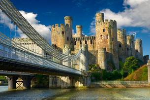 The medieval Conwy Castle, also Conway Castle, built 1283 -の写真素材 [FYI02339107]