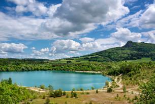 Lake Binninger See in Hegau, the Hegau volcanoの写真素材 [FYI02339272]