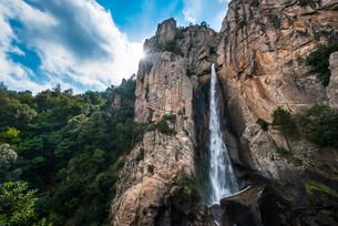 Cascade de Piscia di Gallo, Piscia di Ghjaddu or Chickenの写真素材 [FYI02339309]