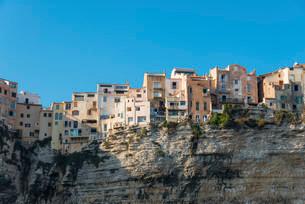 Old town on chalk cliffs, Bonifacio, Corsica, France, Europeの写真素材 [FYI02339392]