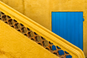 Stairs, Grimaud Medieval village, Var, Provence Alpes Coteの写真素材 [FYI02339453]