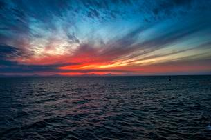 Sunset, ripples in ocean, Red Sea, Egypt, Africaの写真素材 [FYI02339490]