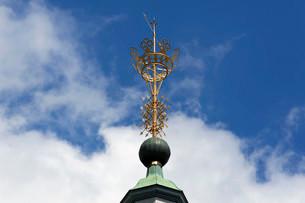 Kronchen or coronet, the city's landmark, on top of theの写真素材 [FYI02339510]