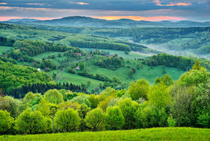 Landscape, Protected Landscape Area Bile Karpaty, Whiteの写真素材 [FYI02339527]
