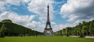 Eiffel Tower, Tour Eiffel, Champs de Mars, Parisの写真素材 [FYI02339667]
