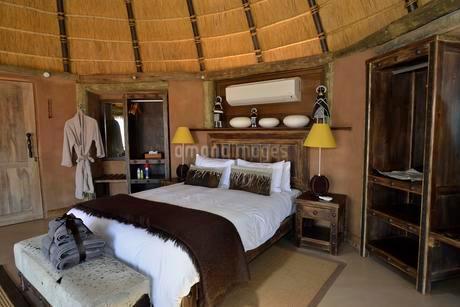 Luxury chalet of Camp Kipwe near Twyfelfontein, Damaralandの写真素材 [FYI02339749]