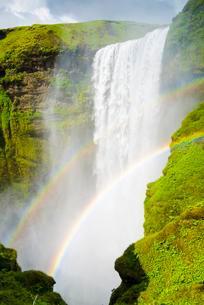 Skogafoss waterfall, Skogafoss with double rainbowの写真素材 [FYI02339789]