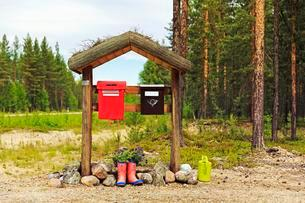 Letterboxes, Lapland, Finland, Europeの写真素材 [FYI02339814]