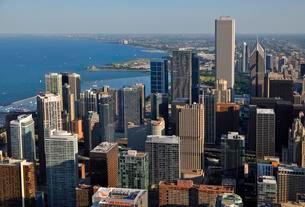 Chicago skyline and Lake Michigan, view from John Hancockの写真素材 [FYI02339836]