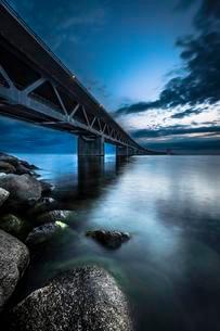 Oresund Bridge, oresundsbroen, world's longestの写真素材 [FYI02339920]