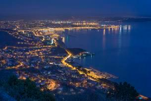Trieste, panoramic view of town and bay as seen from theの写真素材 [FYI02340087]