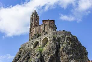 Church Saint-Michel d'Aiguilhe, Le Puy-en-Velay, Auvergneの写真素材 [FYI02340160]
