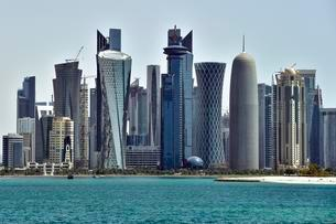 Skyscraper skyline, Doha, Qatar, Asiaの写真素材 [FYI02340197]
