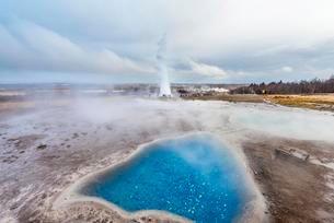 Hot springs, geothermal area in Haukadalur Valley, Blesiの写真素材 [FYI02340206]