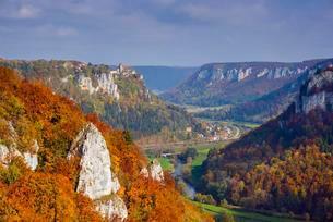 Werenwag Castle, Upper Danube Nature Park, Swabian Juraの写真素材 [FYI02340397]