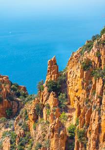 Bizarre rock formations, Calanche of Piana, Calanques deの写真素材 [FYI02340463]